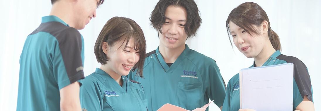 看護師たちの写真